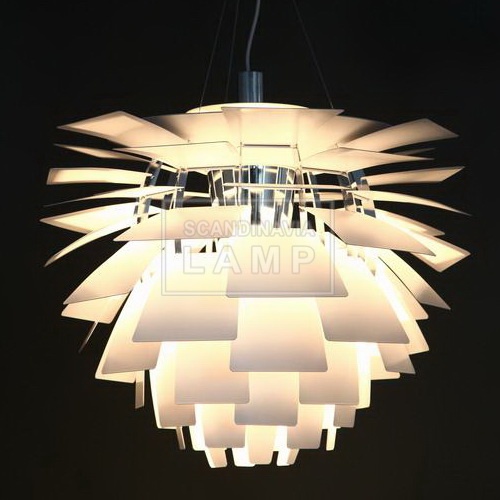 Leaves of artichoke lamp